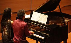 Concierto de piano a4manos en la UTP