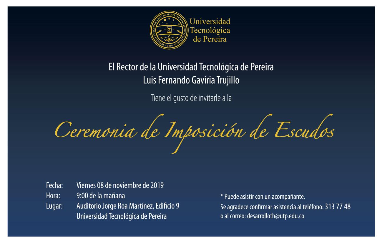 Ceremonia de imposición de escudos a docentes y administrativos que cumplen años de servicio en la Institución