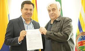 Firma de Acuerdo Doble Titulación