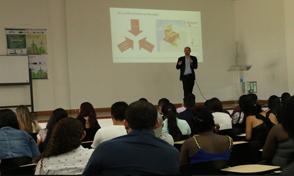 Visita del Director académico del Instituto colombo-alemán para la Paz-CAPAZ