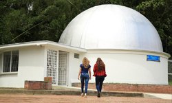 Planetario de la UTP estrena equipos y moderniza su edificio
